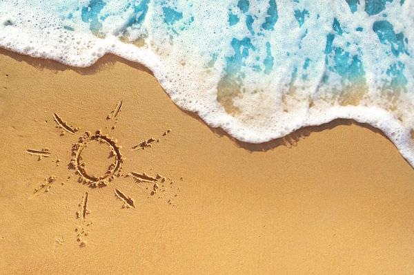 ビーチリゾートと太陽