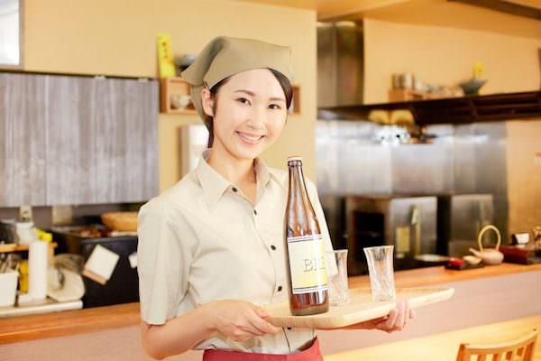 下呂温泉で働く女性