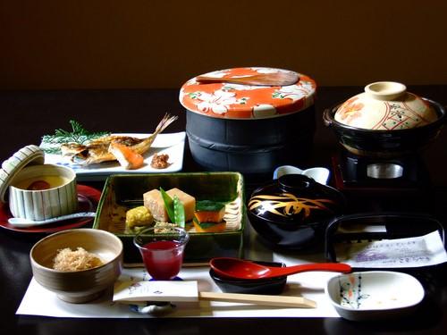 日本の会席料理