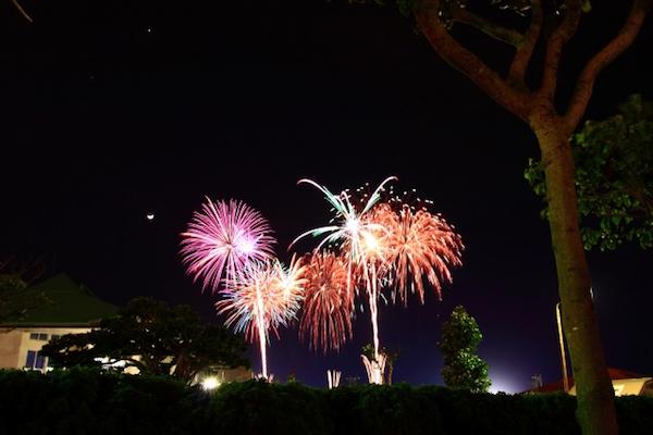 沖縄の花火大会