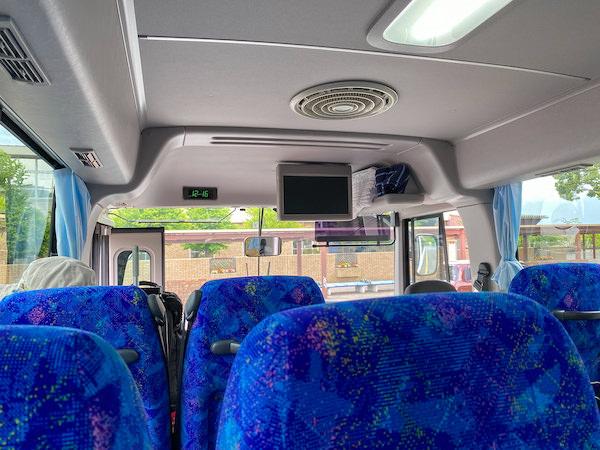 社員専用のシャトルバス